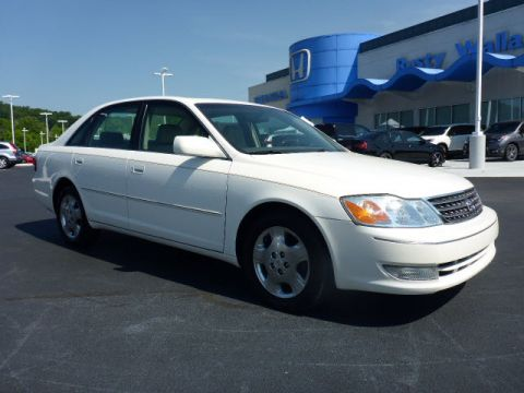 Pre-Owned 2004 Toyota Avalon XLS