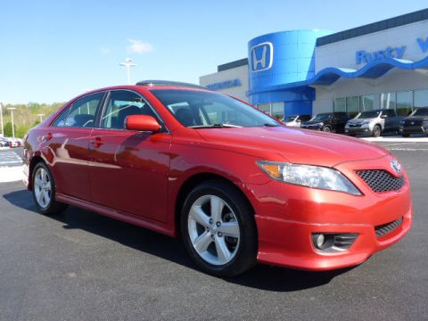 Pre-Owned 2010 Toyota Camry SE V6